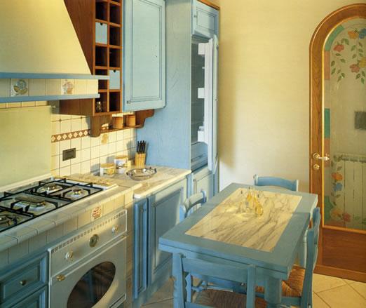 Mobili da cucina stile antico design casa creativa e - Progettazione mobili su misura ...