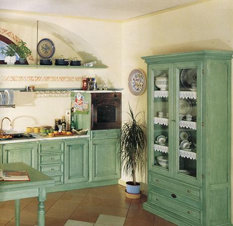 Stile antico progettazione e realizzazione di mobili su misura in legno massello - Pulire mobili legno cucina ...