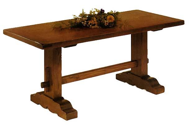 Stile antico progettazione e realizzazione di mobili su for Tavoli e sedie soggiorno moderno